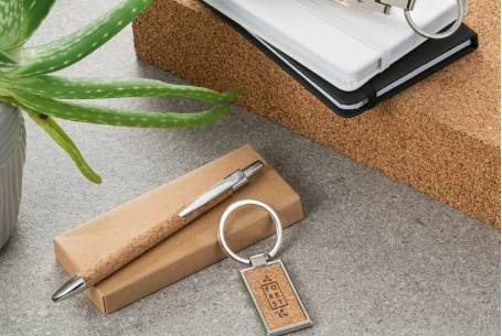 eco-branded-pen-and-keyring